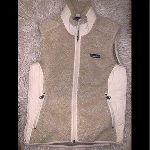 Women's cream tan fuzzy vest m Patagonia